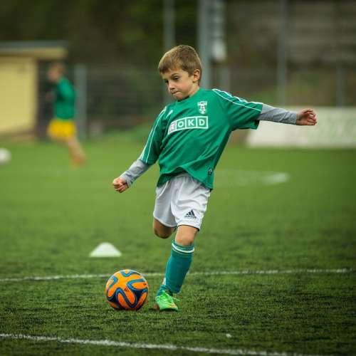 Gyerek focimez