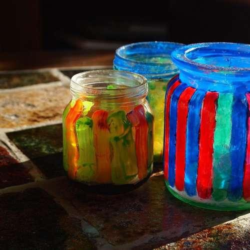 Üveg és textil festékek