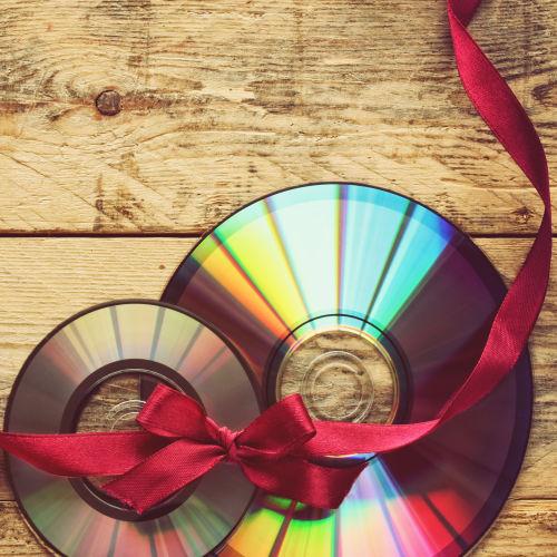 Diafilmek, hangoskönyvek, CD, DVD