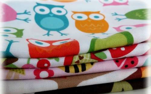 1db Minőségi mintás textilpelenka