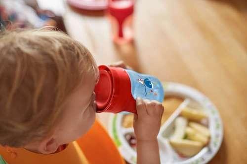 Philips Avent első ivópohár 260 ml fiús