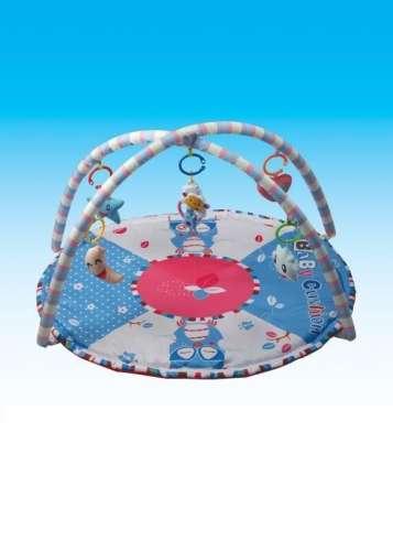 Játszószőnyeg baglyos mintával, játékhíddal