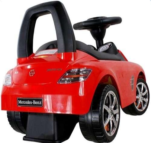Baby Mix Mercedes lábbal hajtható zenélő autó gyerekeknek #piros