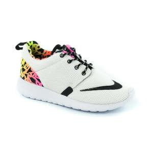 Nike Roshe One Fb Gs Junior Fiú Cipő #fehér-fekete-neon 30354345