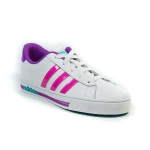 Adidas Daily Team K lány Utcai cipő #fehér-rózsaszín 30797752 Utcai - sport gyerekcipő