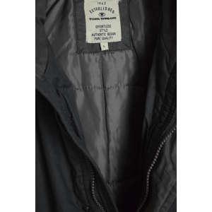 Tom Tailor szürkéskék férfi kabát 31070599 Férfi kabát, dzseki