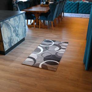 Gira Dublin barna-fehér színű, kör mintás szőnyeg 80 cm x 150 cm-es 31192096 Kert és szabadidő