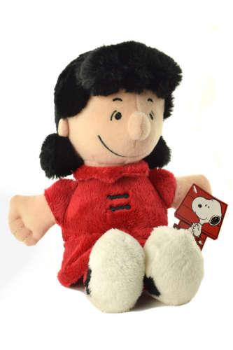 Peanuts Lucy plüssfigura – 28 cm